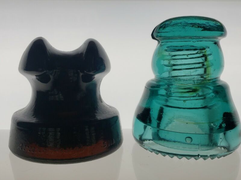 Lot of 2 cable top  insulators excellent condition!