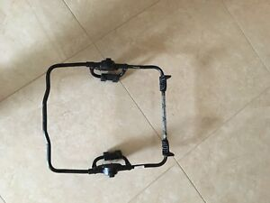 Adapter for Chicco car seat on UppaBaby stroller .