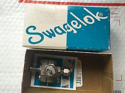 Swagelok Ss-33vs4 Ball Valve 316 Stainless Steel Tube New
