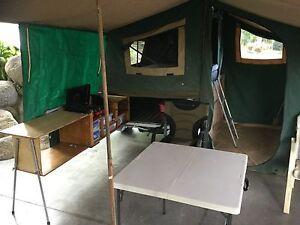 Drifta camper trailer , sola panels , water tank , battery etc. Caravonica Cairns City Preview