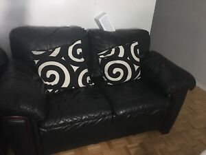 2 seat leather couch