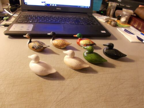 Vintage LOT OF 7 MINI DUCK DECOYS 3 MADE IN HONG KONG + 4 HOLO CERAMIC