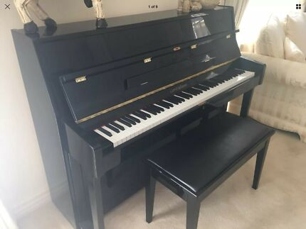 GORS & KELLMAN gloss black piano as new condition