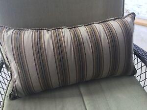 2 patio lumbar pillows