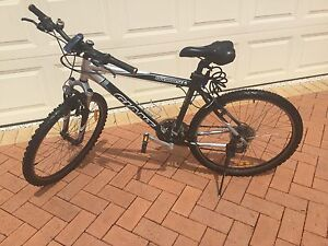 Giant Upland SE 21 speed Mens Mountain Bike Kippa-ring Redcliffe Area Preview