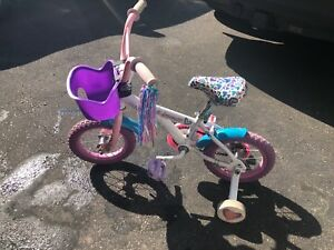 Girl's Bike with removable Training Wheels