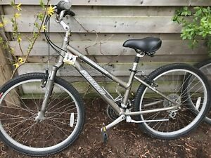 Specialized Expedition Hybrid Ladies Bike $150