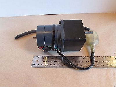 Oriental Motor Vexta 5 Phase A4318-9215tg Stepping Motor W Gearhead Reduction