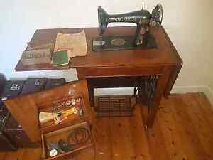 Vintage Singer sewing Machine Geelong Geelong City Preview