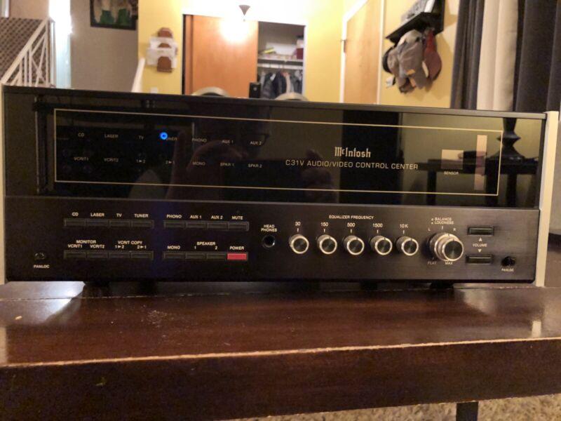 Mcintosh C 31V Preamp/ Audio-Video Control Center with Remote