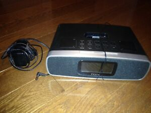 iHome ip92 Alarm Clock AUX FM/AM