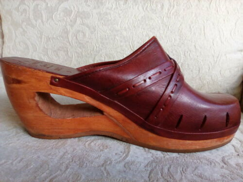 Kinney Shoes Vtg Late 1970s Clogs Red-Brown Leather Cut-Out Wood Heels 9 Brazil