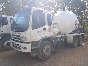 2007 isuzu fvz concrete truck with work Waterford West Logan Area Preview