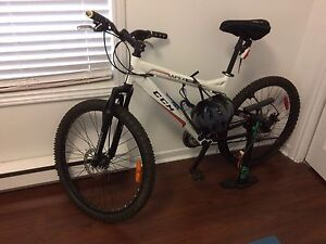 Mountain bike for sale (All Accessaries included)