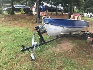 Fishing boat 14ft and trailer