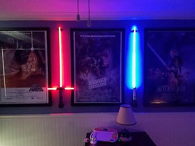 BEST Lightsaber Wall Mount