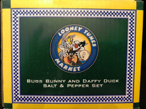 Bugs Bunny & Daffy Duck Salt & Pepper Shakers Warner Brothers Brand New in Box