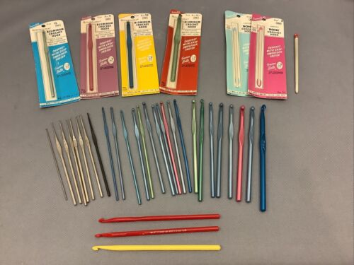 Vintage Mixed Lot 37 Boye Susan Bates Aluminum Luxite Plastic Crochet Hooks - $31.00