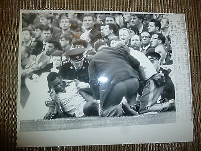 Press Photograph 1966 World Cup BRAZIL v PORTUGAL - PELE
