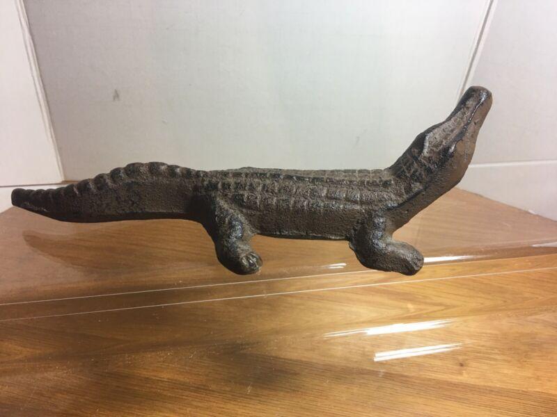 Old Vintage Collectible Cast Iron Alligator Crocodile