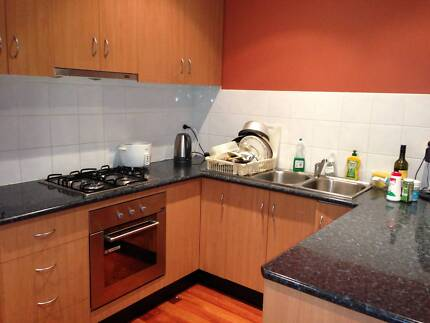 ROOM FOR RENT OF A 3 BEDROOM FULLY FURNISHED MODERN HOUSE.