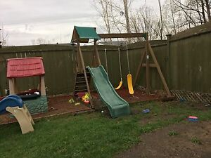 Swing set / play set