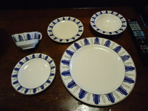 1936-1937 Art Deco Homer Laughlin-dinnerware cobalt blue with gold details