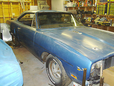 roadrunner hardtop  extra parts package deal  plymouth road runner  sale