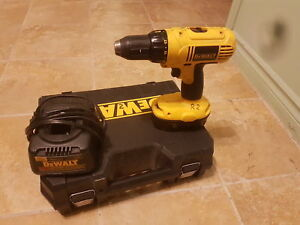 Dewalt Drill with battery and charger 18V