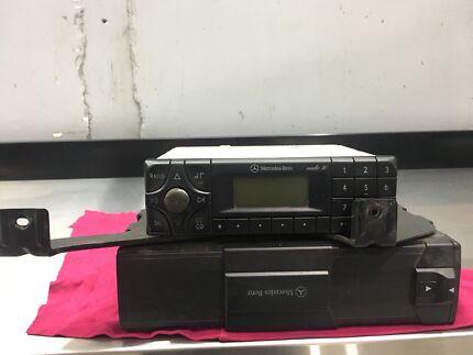 Mercedes Benz Radio & stacker  Kingsgrove Canterbury Area Preview