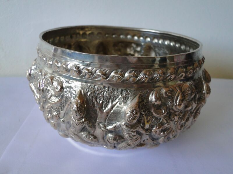 SIAMESE SILVER DISH C.1890, ANTIQUE, CHASED & ENGRAVED QUALITY CONSTRUCTION