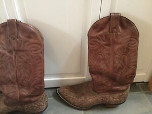 Cowboy Boots / Alberta Boots / size 10EE