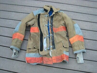 Vintage Janesville Lion Appearal Fire Fighitng Fireman Protective Garment Coat