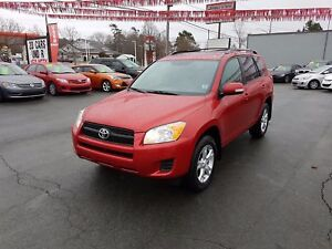 2012 Toyota RAV4 4WD w/ Sunroof--Cruise--Alloys