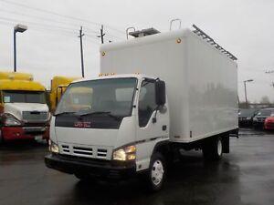 2006 GMC W3500  Diesel 16 Foot Cube Van