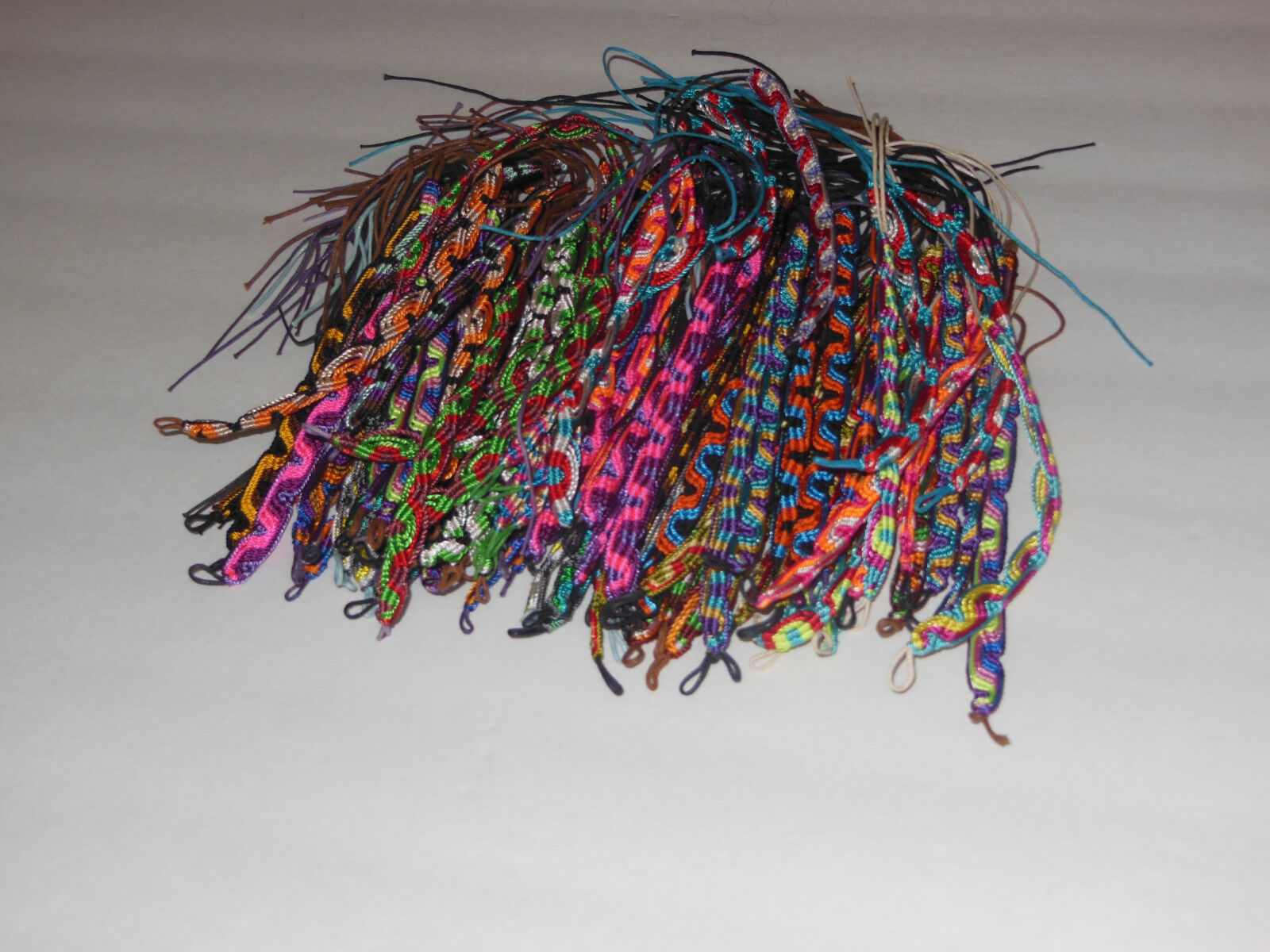 WHOLESALE LOT 100 HANDMADE FRIENDSHIP BRACELETS PERUVIAN MIX COLOR