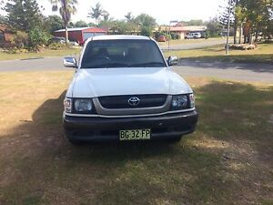 2004 2wd Toyota hilux 3rz Banora Point Tweed Heads Area Preview