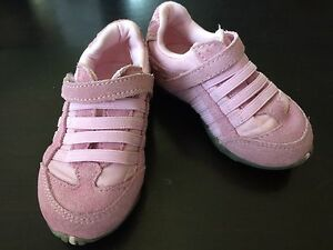 Teeny Toes Infant Girls Sneakers - Size 4