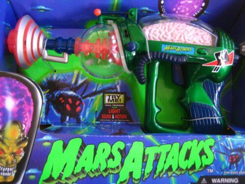 Mars Attacks Brain Disintegrator 1996 Topps Co. mounted in box