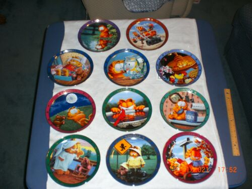 Lot (11) Danbury Mint Garfield collector plate collections NIB