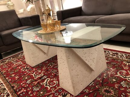 STONE BASE GLASS TOP COFFEE TABLE GREAT CONDITION