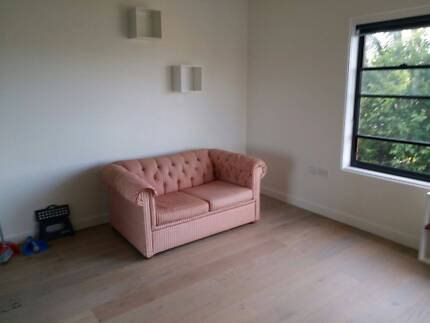 **FREE SOFA BEDS** 2 x Chesterfield Design