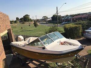 Swift craft sea runner boat Buninyong Ballarat City Preview