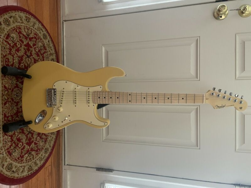 Vintage 62 Stratocaster, Updated and Upgraded