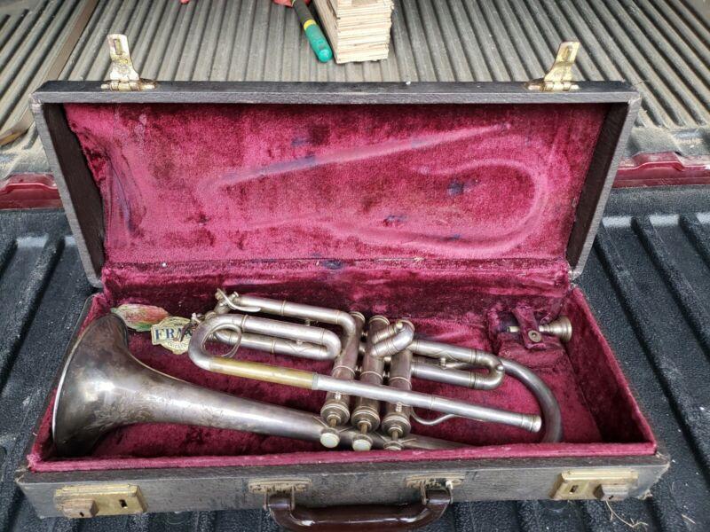Frank Holton New Proportion Cornet Chicago vintage original case