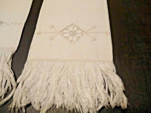 ANTIQUE VINTAGE SET OF 3  LINEN WHITE TOWELS W / FRINGE