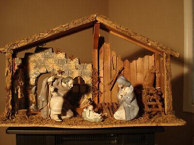 lladro nativity with creche, Jesus, Mary and Joseph