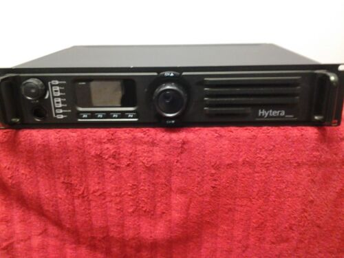 Hytera RD982 UHF  50 watt repeater