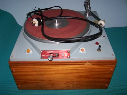RUSSCO STUDIO PRO MODEL B, Broadcast Turntable with Plinth-READ-READ
