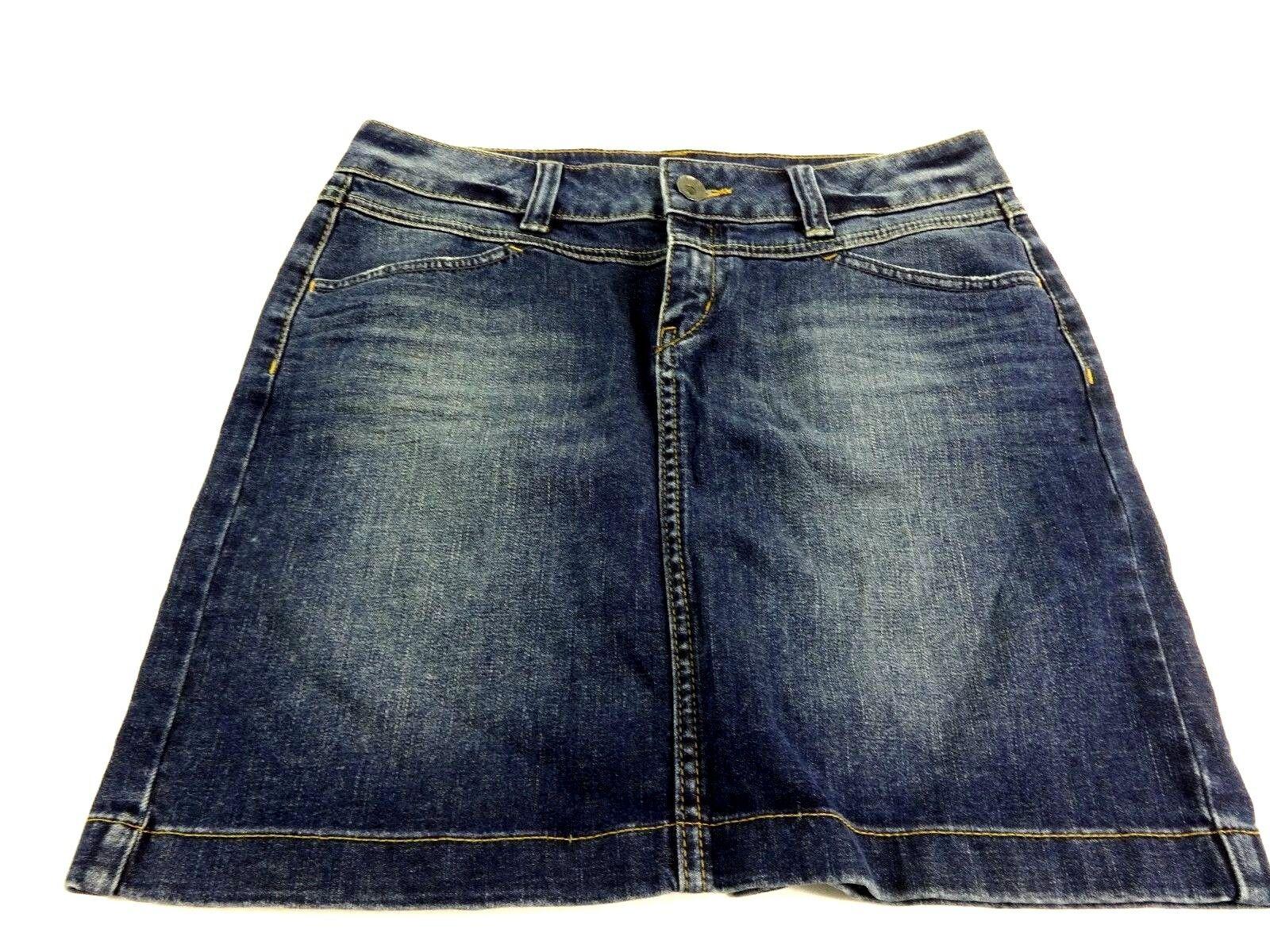 02520c5e9d Cute Blue Jean Skirt Outfits | Saddha